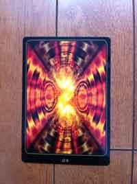2012年3月13日 こちらの3枚は、最近購入したカードを 無作為に撮ってみました。カード自体にとてもエネルギーがあります。 ただ、ソースはあまり良くない様なので、ご使用時にはご注意ください。 私は使っても大丈夫とのことで、楽しませて頂いていますが…。