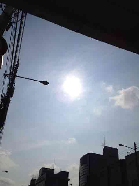 6月25日 太陽が白っぽいんです。
