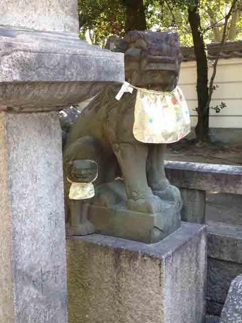 10月20日 親子の狛犬、かわいい~~